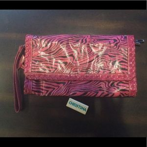 ShoeDazzle for breast cancer clutch